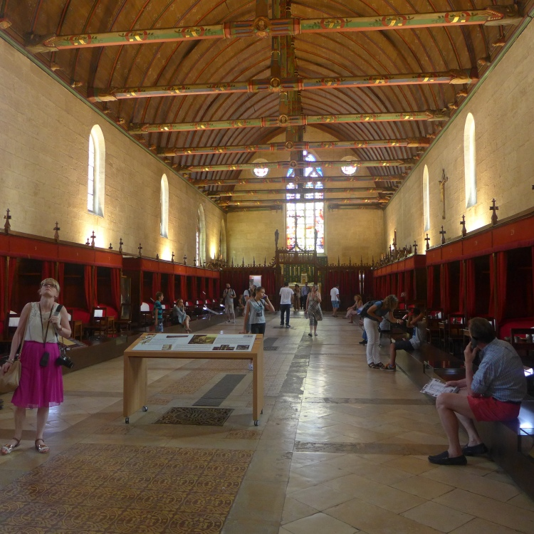 Interior of the Hotel Dieu, with beds for the sick lining the walls.