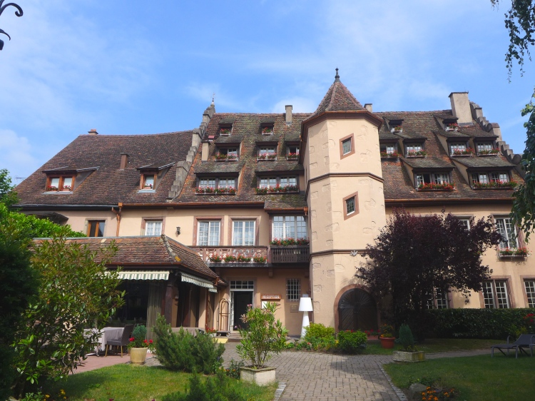 Hostellerie Abbaye de la Pommeraie.
