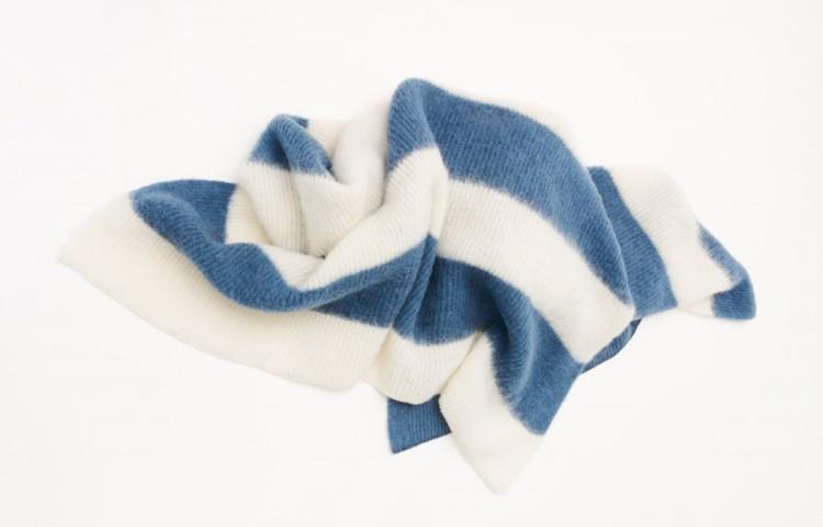 Brynja Blanket for Epal, Reykjavik from free grazing Icelandic Wool. Margrethe Odgaard, V Söderqvist Blog.