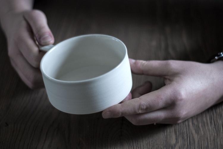 Cup by Alexandra Nilasdotter. Interview V Söderqvist Art & Design Talks.